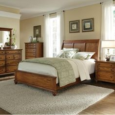 Lovely Broyhill Furniture Hayden Place Queen Headboard And Storage Footboard  Sleigh Bed