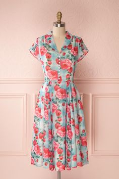 Taysir #boutique1861 #dress #mididress #flowers #spring #vintage