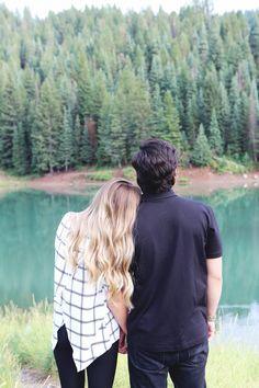 Cute outdoor engagement photos. #weddingphotography