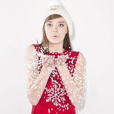 #brandpl #autumnwinter14 #aw14 #fw14 #fallwinter14 #fashion #red #dress #snow #photosession #session #hats #womencollection #women #online #store #onlinestore