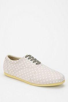 study footwear