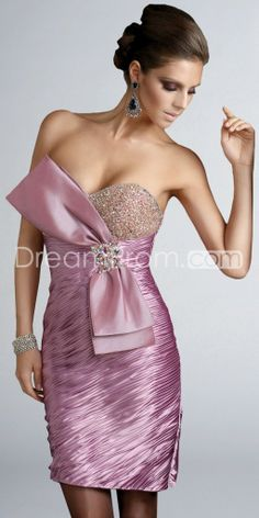 Would be better without the half bow, but still pretty. Classic Cocktail Dress, Cocktail Dresses, Pretty Dresses, Beautiful Dresses, I Dress, Strapless Dress, Homecoming Dresses, Bridesmaid Dresses, Pink Party Dresses