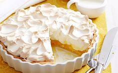 12 Creative Recipes For Lemon Meringue Desserts Lemon Meringue Cake, Meringue Desserts, Almond Recipes, Pie Recipes, Sweet Recipes, Baking Bad, Food Processor Recipes, Cheesecake, Bakery