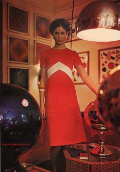 Vogue Pattern Book - April/May 1971