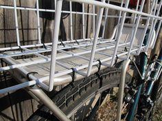 diy bike basket with a fridge basket and Zip Ties