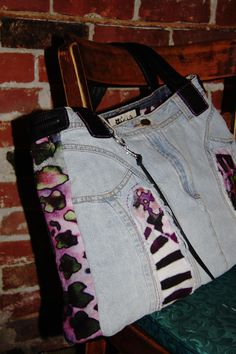 Items similar to Tote Bag girl women funky jungle upcycled jeans: Esprit Contraste on Etsy Girls Bags, Creations, Trending Outfits, Tote Bag, Type 1, Theater, Etsy, Vintage, Facebook