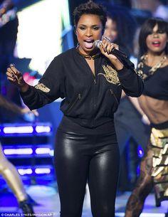 Jennifer Hudson workkking a new pixie - yasssss! *BET Black Girls Rock Show *October 26, 2013