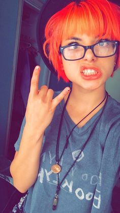 Hey guys my name is Nia and I'm the drummer for the band Hey Violet, I'm funny,crazy and single intro?