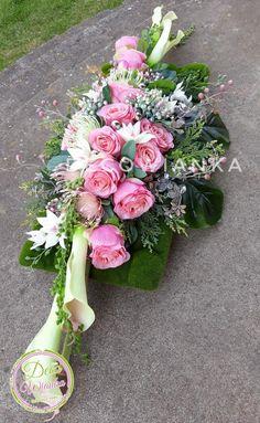 Vence, Funeral Memorial, Funeral Flowers, Flower Arrangements, Floral Wreath, Easter, Wreaths, Wedding Bouquet, Floral Arrangements