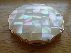 Vintage Stratton Mother of Pearl Powder Compact.