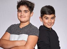 Celine Dion has released two adorable photos of her sons Nelson and Eddy smiling and pulling faces on their ninth birthday - and they look just like their late father Rene. Selin Dion, Tom Selleck Movies, Rich Family, Funny Boy, Old Singers, Forever Love, Ex Girlfriends, Losing Her, Rare Photos