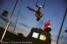 Passengers, Cirque Electrique, cour du Maroc , Paris 18, 2004