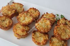 Ideaal bijgerecht als je eters krijgt en je je gasten wilt imponeren met iets anders dan gebakken aardappeltjes. En lekker dat ze zijn! De volgende dag aten de jongens ze gewoon koud op. Prima ger…