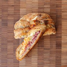 Reuben Danish from Serious Eats with an interesting sounding rye puff pastry. Sandwich Bread Recipes, Sandwich Shops, Reuben Sandwich, Danish Food, Serious Eats, Wrap Sandwiches, Bread Baking, Food Processor Recipes, Yummy Food
