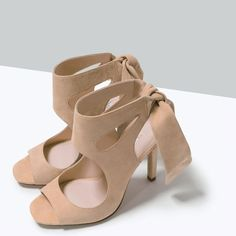 ZARA - WOMAN - HIGH HEEL LEATHER SANDALS WITH RIBBON