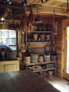 primitive homes decor Farmhouse Style Kitchen, Rustic Kitchen, Country Kitchen, Kitchen Decor, Kitchen Ideas, Kitchen Artwork, Country Farmhouse, Farmhouse Decor, Primitive Homes