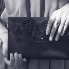 The Tropical Clutch - ILUNDI - genuine leather Leather Craft, Leather Bag, Tropical, Crafts, Bags, Lifestyle, Handbags, Leather Crafts, Manualidades