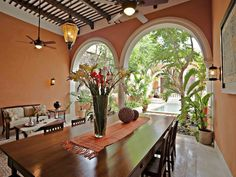 Dine al fresco without being completely outside...lovely open arches #cocinasrusticasmexicanas