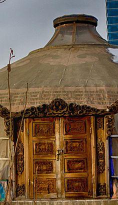 Yurt Welcome . Mongolia