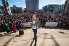 UFC Holly Holm Comes Home; Celebrates Ronda Rousey Win with Fans in Albuquerque Holly Holm, Outdoor Store, Ronda Rousey, Ufc, New Mexico, Sports News, Champs, Fun Facts, Dolores Park