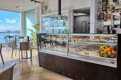 E-LINE display counter JORDAO COOLING SYSTEMS® 2018 #JORDAO #coffeshop #coffee #displaycases #vitrinas #lisbon #ibo #inspiration #cafe