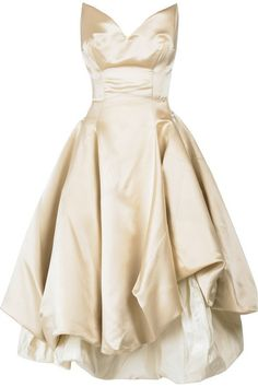 Vivienne #Westwood Gold Label #gown. #cream, | http://awesomevietnamstylesphotos.blogspot.com