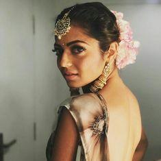 Drashti Dhami, Traditional Looks, Best Couple, Deepika Padukone, Beautiful Actresses, Blouse Designs, Chokers, Celebs, Earrings