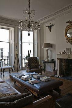 All sizes | Alex Macarthur {baroque modern living room}, via Flickr.