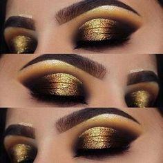 Tendance Maquillage Yeux 2017 / 2018 Maquillage pour les yeux Dramatic Gold Look for the Holidays plus sur la beauté et les soins de la peau