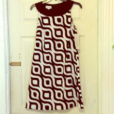 GORGEOUS BLACK & WHITE ABSTRACT DRESS BEAUTIFUL PATTERNED BLACK AND WHITE DRESS FOR A SPECIAL OCCASION. SIZE 8 TRUE TO SIZE NWT NEVER WORN Allison Taylor Dresses