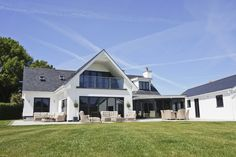 COMPLETE Transformation of a chalet bungalow and creation of a fit for purpose dental clinic. Bungalow Exterior, Bungalow Renovation, Bungalow House Design, Modern Bungalow, Modern Farmhouse Exterior, Dream House Exterior, House Extension Design, Extension Ideas, House Designs Ireland
