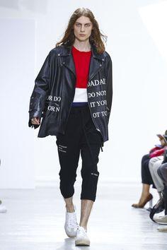 Christian Dada Menswear Spring Summer 2017 Paris