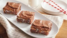 Delight a crowd with this delicious chocolate sheet cake made using Betty Crocker® SuperMoist® cake mix topped with frosting – a perfect German dessert.