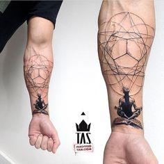 27 tatuagens geométricas surpreendentes - Uma linda tatuagem geométrica You are in the right place about tiny tattoo Here we offer you the m - Yoga Tattoos, Forearm Tattoos, New Tattoos, Body Art Tattoos, Small Tattoos, Sleeve Tattoos, Tattoos For Guys, Tatoos, Tattoo Thigh