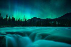 Fire On Water - Athabasca Falls Jasper National Park by Gavin Hardcastle - Fototripper http://flic.kr/p/LPK3Xh