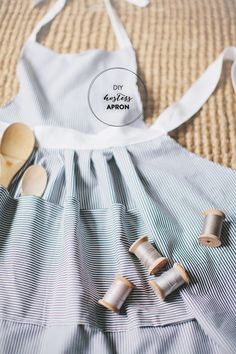As a passionate baker myself, I feel confident when I say that an apron is a kitchen essential. Unfortunately, I learnt this the hard way through strawberry stains and chocolate splatters. Though a cute apronisn't necessarily a requirement, it is a recommendation if you ask anyone around here. With some basic sewing skills (ahem, hello…