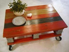 Stained wood pallet coffee table