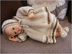 Ravelry: Fudgecake Baby Outfit pattern by maybebaby designs
