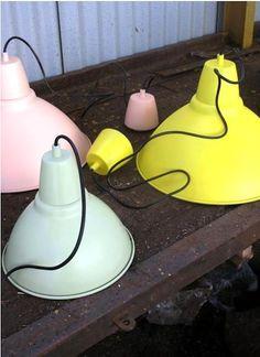 #roomsalvation : Rachel. Spray paint ikea's foto lamps with low VOC spraypaint - Krylon H20 Latex