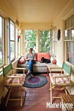 Enclosed Porches Ideas Enclosed Ideas To Inspire You On How Decorate Your 4 Small Patio Best Porch Enclosed Sun Porch Decorating Ideas House Design, Decor, House Interior, Home, Interior, Sleeping Porch, Small Sunroom, Enclosed Porches, Home Decor