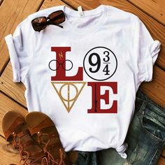 Harry Potter Love T Shirt This t-shirt is Made To Order, one by one printed so we can control the quality. Mode Harry Potter, Harry Potter Outfits, Harry Potter Love, Harry Potter World, Harry Potter Clothing, Harry Potter Fashion, Harry Potter Accessories, Harry Potter Symbols, Harry Potter Gifts