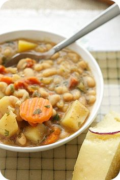 Vegan White Bean Soup -use this recipe as your base and add more veggies or herbs to suit your taste. I love thyme in my bean soup! Hearty, filling and loads of plant protein and fiber. Vegan Slow Cooker, Slow Cooker Recipes, Soup Recipes, Whole Food Recipes, Vegetarian Recipes, Cooking Recipes, Healthy Recipes, Recipes Using Beans, Fall Recipes