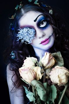 Are you looking for inspiration for your Halloween make-up? Browse around this site for creepy Halloween makeup looks. Corpse Bride Tattoo, Corpse Bride Makeup, Corpse Bride Art, Crazy Halloween Makeup, Halloween Make Up, Halloween Ideas, Pretty Halloween, Halloween Cosplay, Halloween Costumes