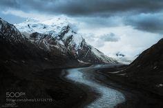 Dran Drung glacier - Pinned by Mak Khalaf Landscapes cloudyglacierindianorthernsnowvalleyzanskar by tonnaja