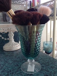 Pretty for brushes......