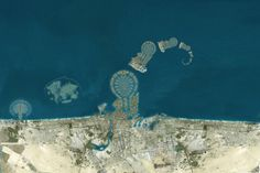 Satellite photos reveal that Dubai is creating a series of Dubai-shaped islands off the coast of Dubai