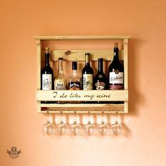 Настенная деревянная полка для 6 бутылок вина и бокалов. т. 093 680-22-44. Купить в Украине вы можете в мастерской изделий из натурального дерева Beaver's Craft - мебель, декор, аксессуары и деревянные принадлежности для дома, бара, пикника