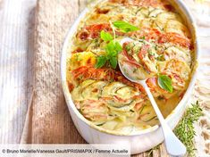 Découvrez la recette de Gratin provençal au chèvre avec Femme Actuelle Le MAG Fresh Rolls, Vegetable Pizza, Thai Red Curry, Quiche, Breakfast, Ethnic Recipes, Food, Beignets, Club