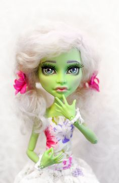 OOAK - Monster High - Witch (CAM) - Repaint