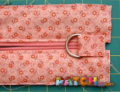 """This bag is sewn in patchwork technique with the use of a block called """"Darts"""". Crazy Patchwork, Patchwork Patterns, Bag Patterns To Sew, Patchwork Bags, Quilted Bag, Patchwork Tutorial, Sewing Patterns, Leather Bag Tutorial, Coin Purse Tutorial"""